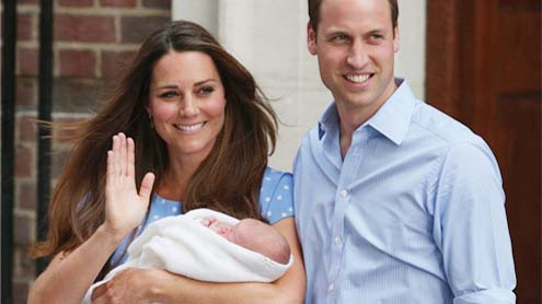 Kate and William take their tiny son home to Kensington Palace