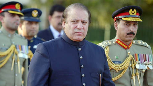 Nawaz visits ISI HQ, briefed on security situation