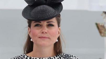 Royal baby: Pregnant Kate taken to hospital