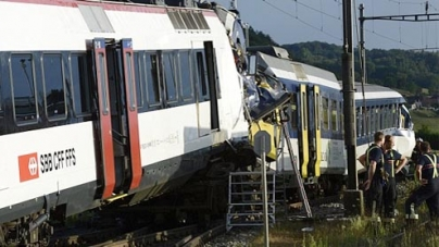 Train driver Body found among the wreckage of Collided Trains in Switzerland