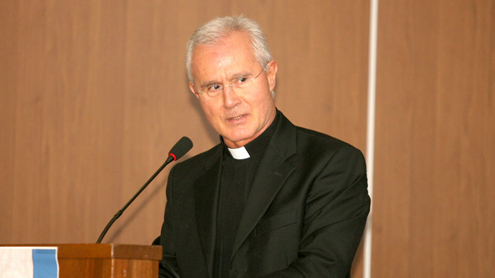 Vatican bank director and deputy resign amid scandal