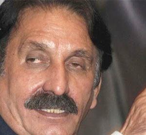 CJ assails Sindh govt, equates Karachi to weapon smuggling hub