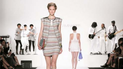 From legends to upstarts, panoply of style at New York Fashion Week