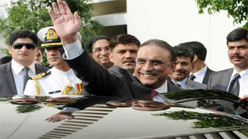 Zardari back into public