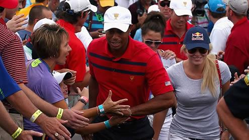 Lindsey Vonn gives Boyfriend Tiger Woods her full Support
