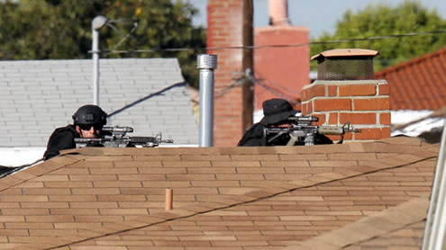 Police: California Gunman Holds 2 Hostages
