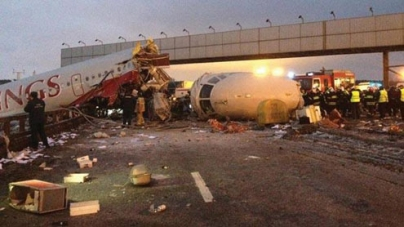 Boeing passenger jet crashes in Russia, killing 50: ministry