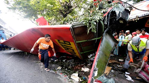 22 dead as bus plunges Philippine highway