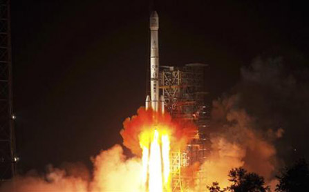 China launches lunar Probe Carrying 'Jade Rabbit' Moon Buggy