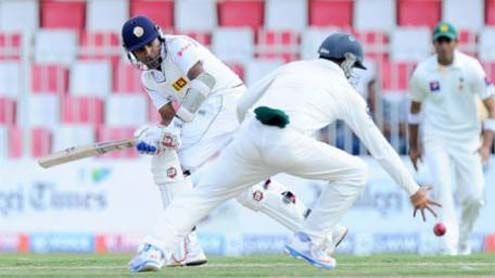 Sri Lanka Battle Hard Against Pakistan Spinners