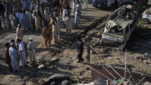 Blast in Charsadda kills 6 police officers, 1 student