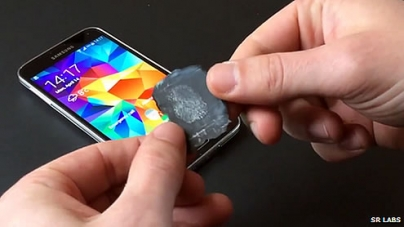 Galaxy S5 fingerprint Sensor Hacked