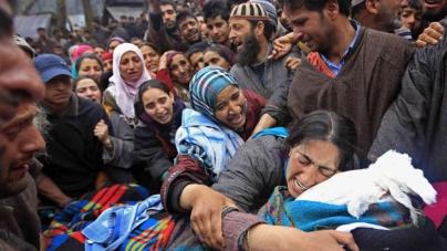 Indian Kashmir gun battle kills five