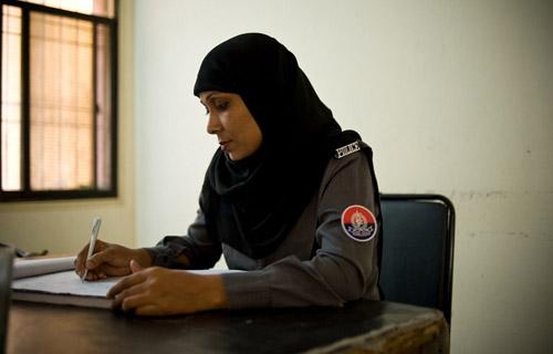 KP govt to set up Women desks at all Police Stations