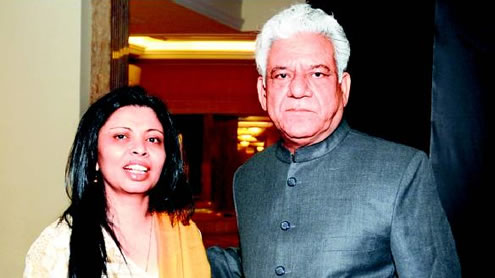 Indian actor Om Puri shares a Hotel room with Ex-wife in Lahore