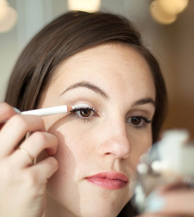 15 Life-Changing Makeup Tricks EVERY Woman Should Know