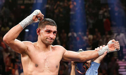 Khan hoping for Mayweather fight after taking down Collazo