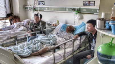 Train Station knife attack leaves 6 injured in China