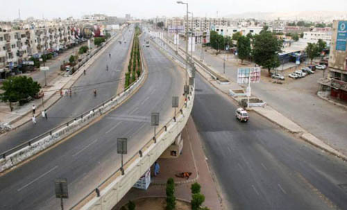 Karachi shuts down as MQM