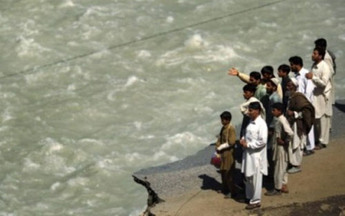 Truck Falls in Swat River, kills 16