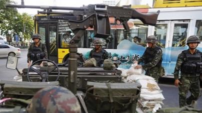 Army declares martial law in Thailand