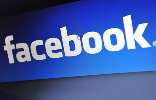 Facebook Accepts Blame for Brief Outage