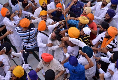 India Sikh groups