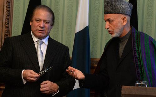 Hamid Karzai Assures Nawaz Sharif of Help in Fighting Taliban
