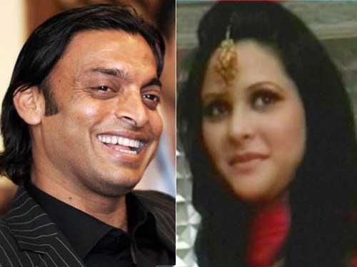shoaib akhtar and Rubab khan