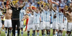 Argentina Beats Netherlands to Reach World Cup Final