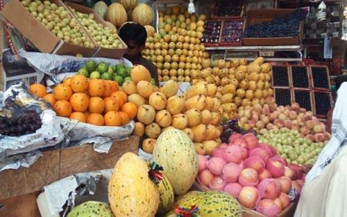 Fruit Prices Go Bananas During Ramadan