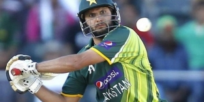 Top 10 Batsmen Who Slapped Most Sixes in ODI Cricket