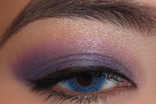 Use shimmer eyes