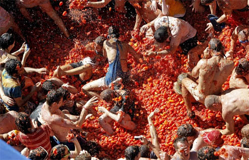 Spanish Tomato Throwing Festival