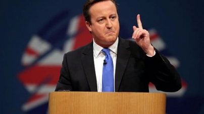 Scottish Referendum: David Cameron begs Scots not to Leave the UK
