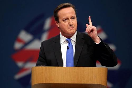 Scottish Referendum: David Cameron begs Scots not to Leave the UK
