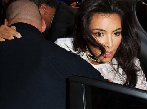 Kim Kardashian Attacked fashion week