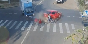 Lucky Cyclist Narrowly Escapes Death