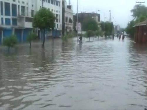 rain in punjab pakistan