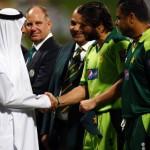 shahid afridi shake hand