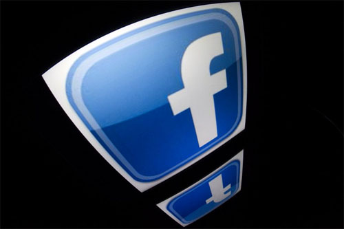 Facebook Pledges to Combat Racism on German Platform