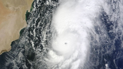 Emergency Declared as Karachi Readies to Face Cyclone Nilofar