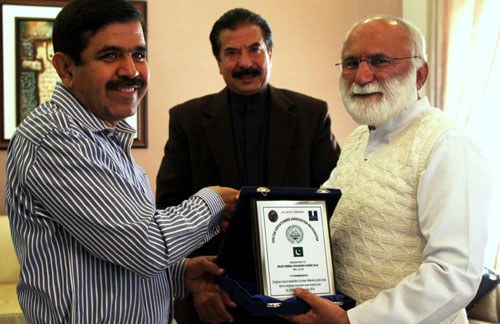 Awards for Juniper Defender and Zarghoon Mount Expedition