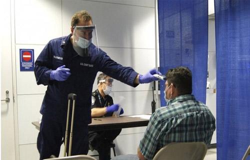 Ebola: WHO Emergency Team Holds Talks on Travel Curbs