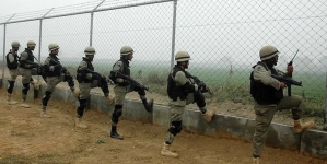 At Least Seven Pakistanis Killed in Indian Shelling