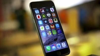 Hackers Raid Apple Accounts Via jail-Broken iPhones