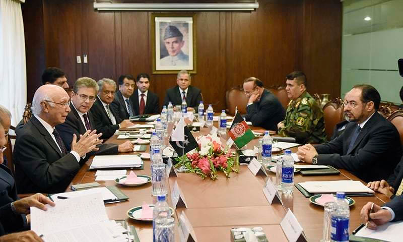 Pak-Afghan contacts