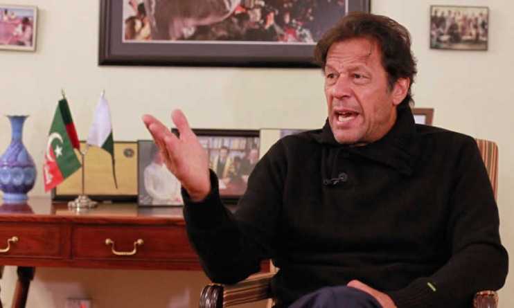 Imran accuses centre of ruining people's lives