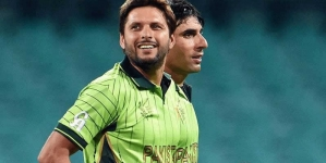 Afridi , Malik, Misbah, Wahab in Platinum category for Pakistan Super League