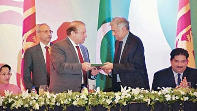Sharif presents 'Majestic Pakistan' to Lankan PM